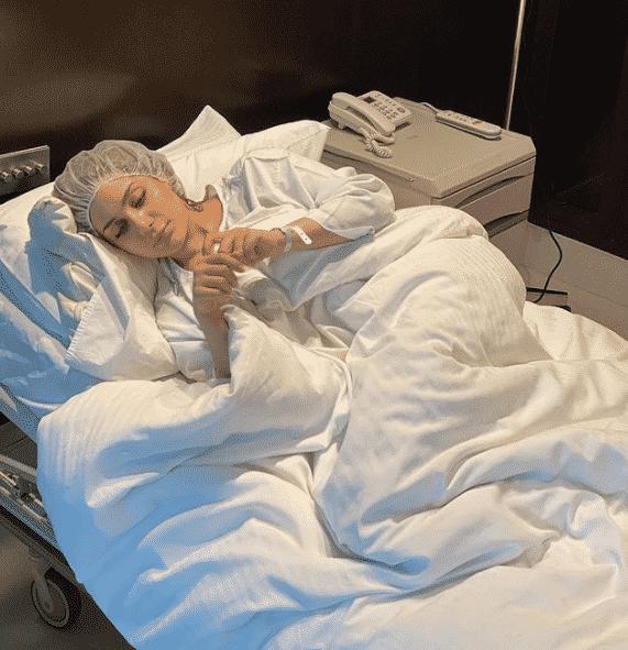 بالصور… ابنة هيفاء وهبي تخضع لعملية تجميل في انفها